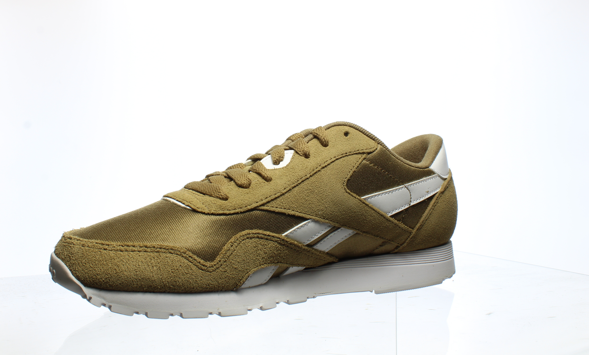 Reebok-Mens-Cl-Nylon-Fashion-Sneakers thumbnail 39
