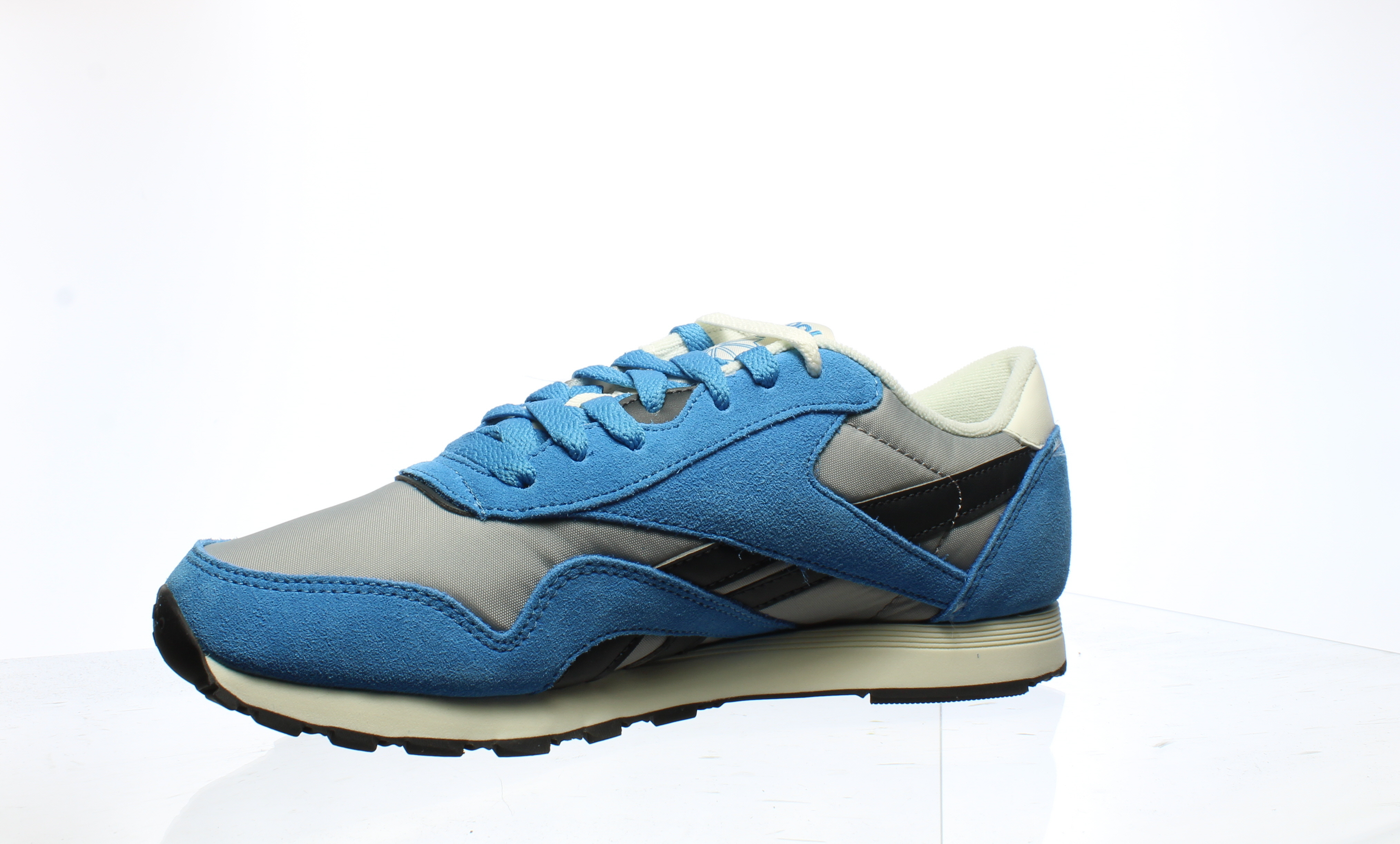 Reebok-Mens-Cl-Nylon-Fashion-Sneakers thumbnail 19